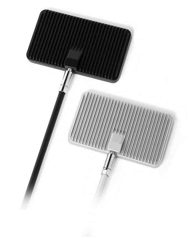 LED Strahler 25 W, inkl. verschiedener Adapter.